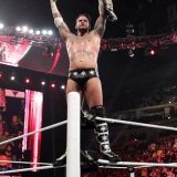 CM Punk mit dem WWE Championgürtel