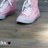 Rosa Chucks